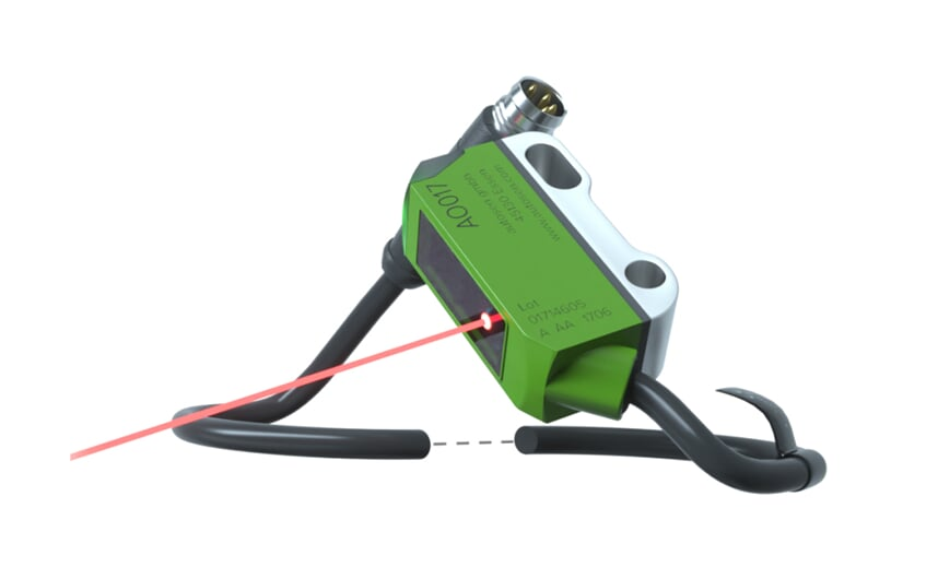 Diffuse reflection sensor - light-on mode - IO-Link - M8
