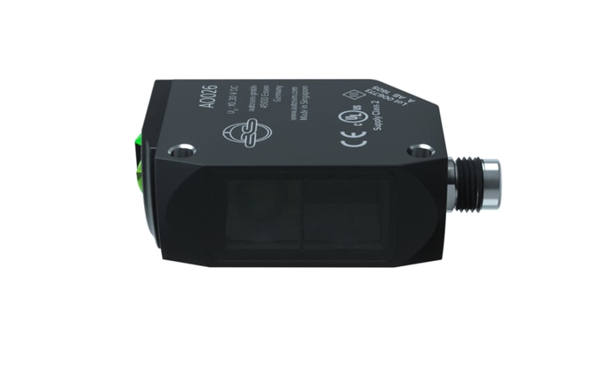 Through-beam sensor with PA housing