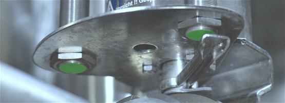 Induktiver Sensor im Einsatz bei beweglichen Objekten